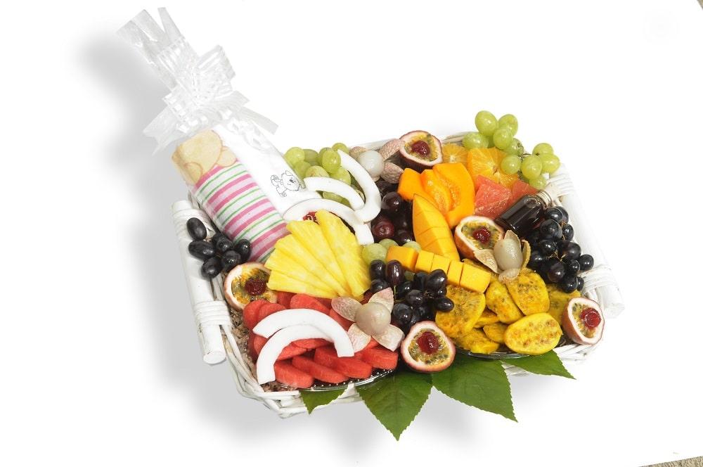 סלסלת פירות ליולדת ענקית