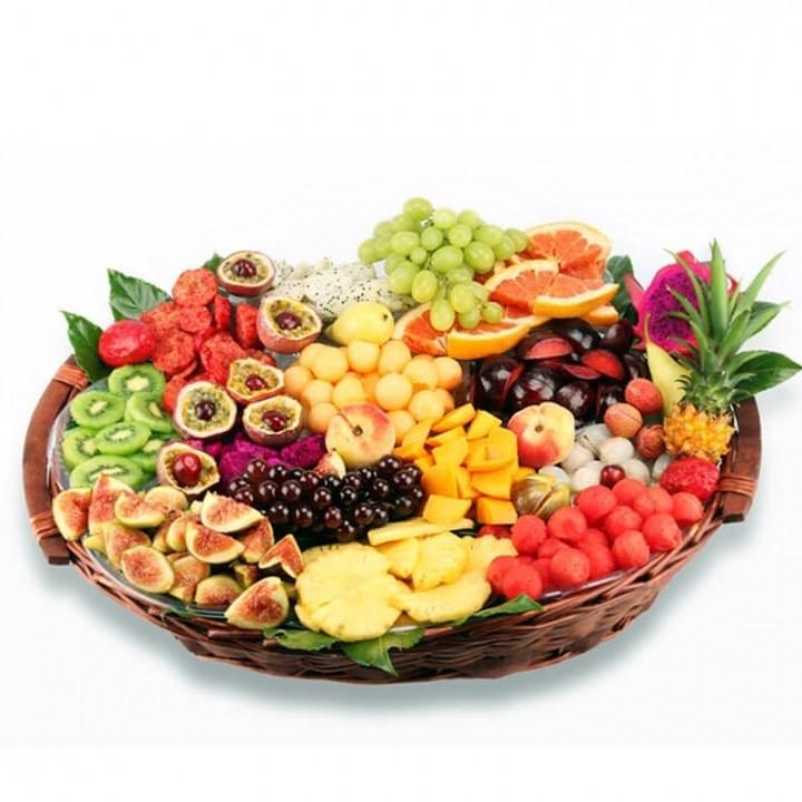 סלסלת פירות חוויה טרופיקנית